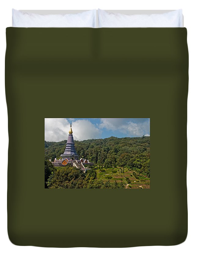 3scape Duvet Cover featuring the photograph To The King And Queen by Adam Romanowicz