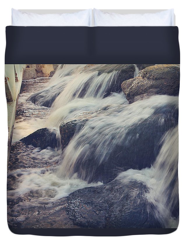 La Quinta Duvet Cover featuring the photograph To The Place I Love by Laurie Search