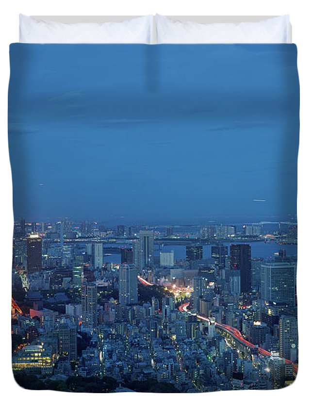 Tokyo Tower Duvet Cover featuring the photograph Tokyo Skyline With Tokyo Tower Landmark by Yat Lee