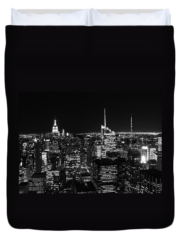 Top Of The Rock Duvet Cover featuring the photograph Top Of The Rock In Black And White by Dan Sproul