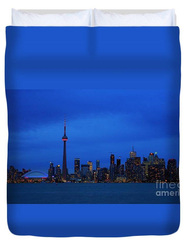 Nina Stavlund Duvet Cover featuring the photograph Toronto Blues... by Nina Stavlund