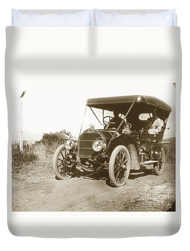 Touring Duvet Cover featuring the photograph Touring Car On The Road California 1906 by California Views Archives Mr Pat Hathaway Archives