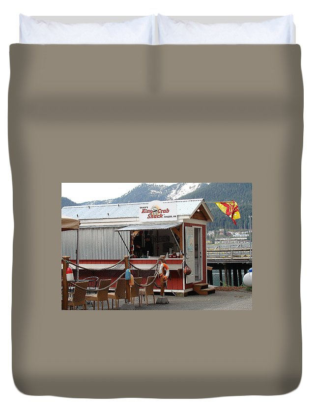 Tracy's King Crab Shack In Juneau Alaska Duvet Cover featuring the photograph Tracys King Crab Shack by Richard Rosenshein