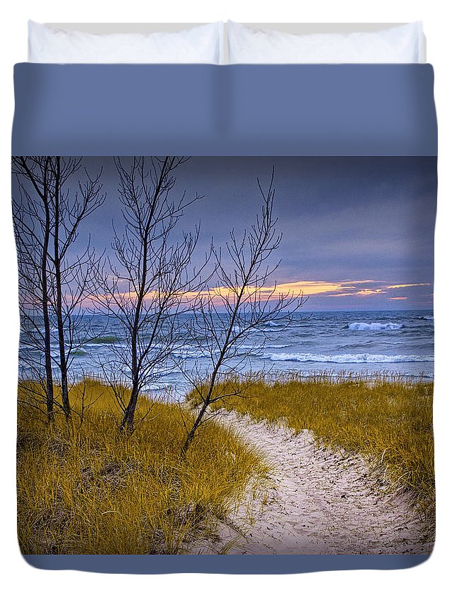 Art Duvet Cover featuring the photograph Trail To The Beach by Randall Nyhof