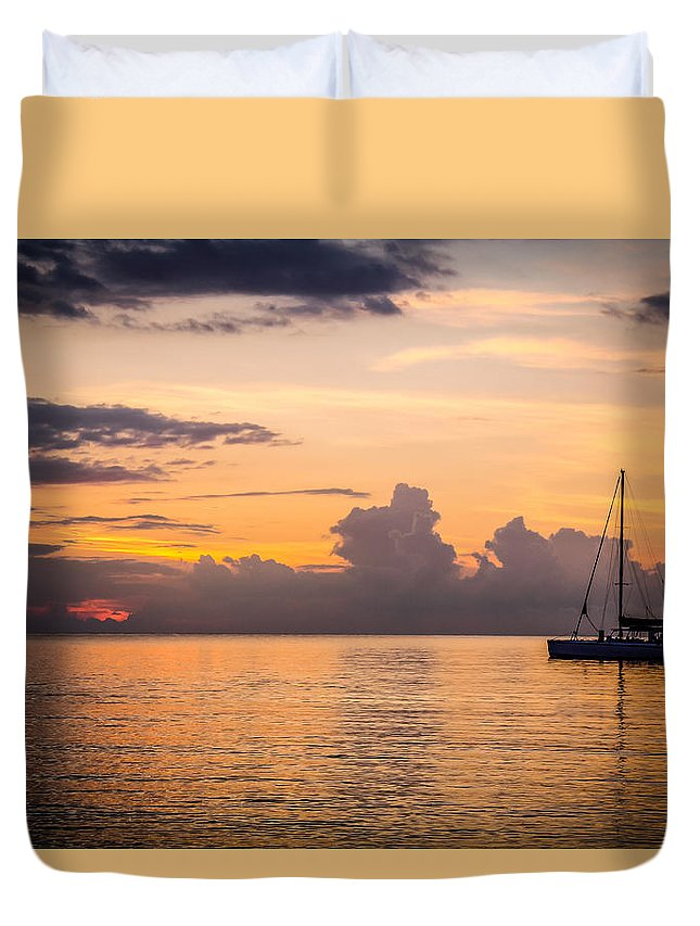Sunset Duvet Cover featuring the photograph Tranquil Cruise by Todd Reese