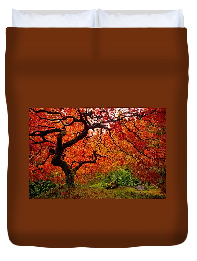 Portland Duvet Cover featuring the photograph Tree Fire by Darren White