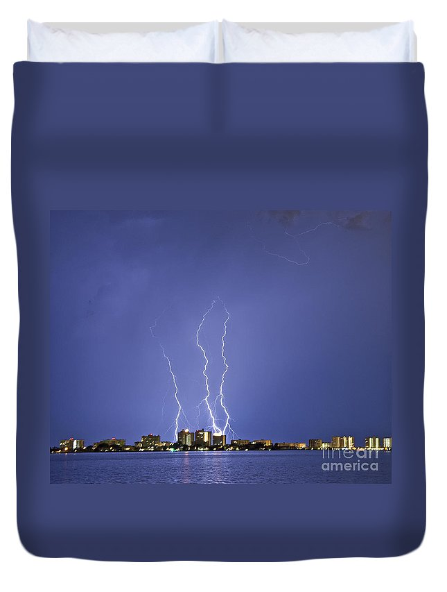 Bolts Duvet Cover featuring the photograph Triple Terror by Stephen Whalen