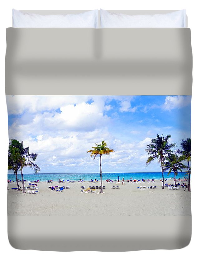 Tropical Duvet Cover featuring the photograph Tropical Beach by Valentino Visentini