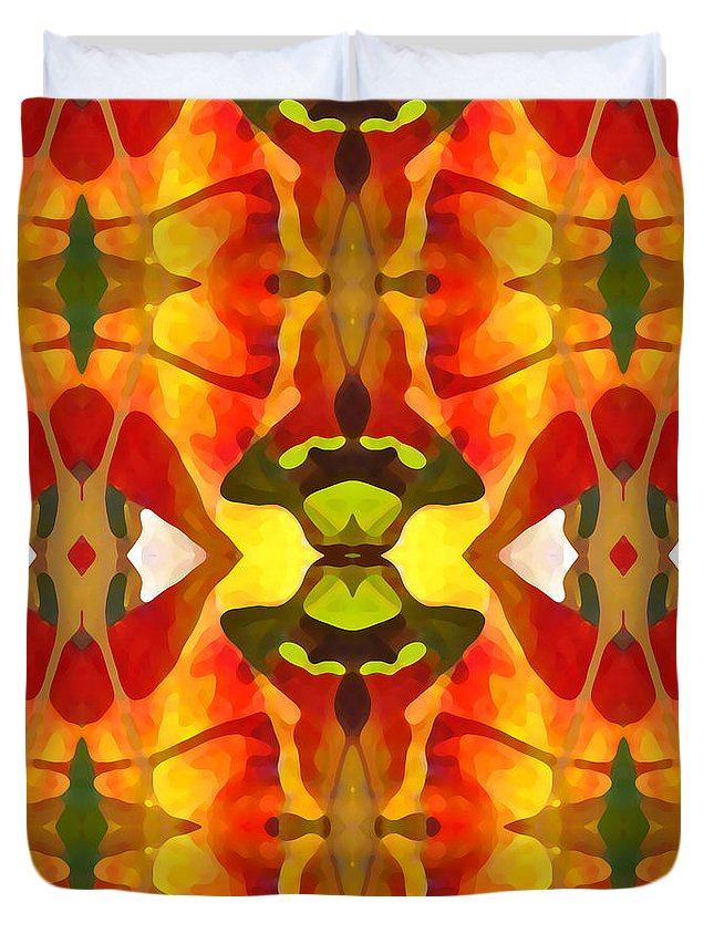 Abstract Duvet Cover featuring the painting Tropical Leaf Pattern 4 by Amy Vangsgard