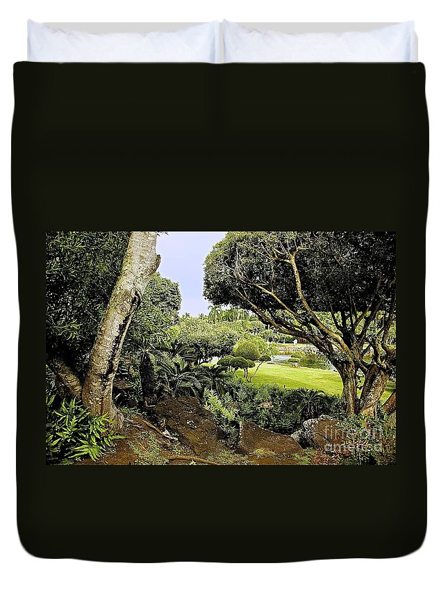 Landscape Duvet Cover featuring the photograph Tropical Paradise by Barbara Zahno