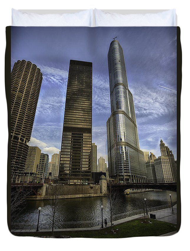 Clouds Duvet Cover featuring the photograph Trump Tower And River Front by Sebastian Musial