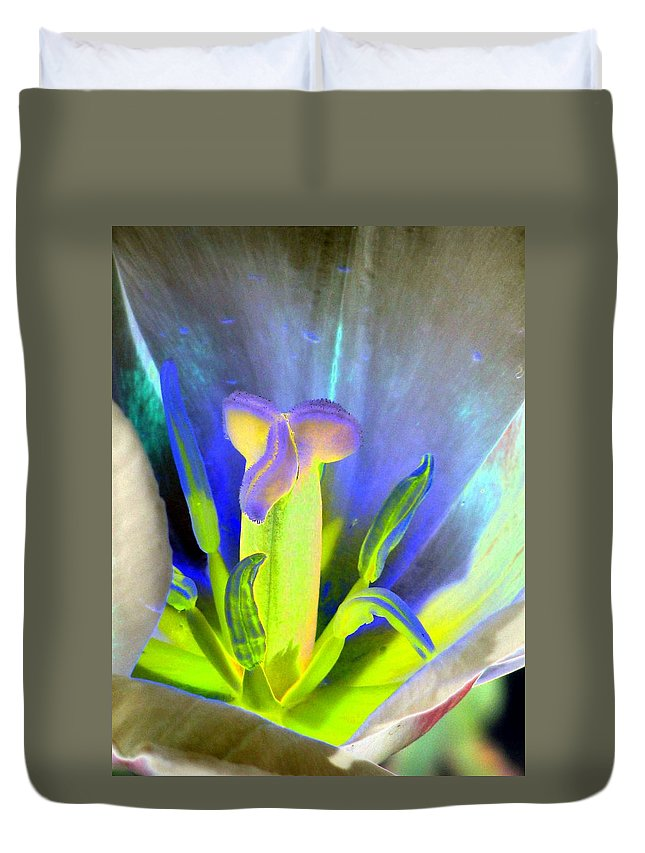 Tulip Duvet Cover featuring the photograph Tulips - Perfect Love - Photopower 2158 by Pamela Critchlow
