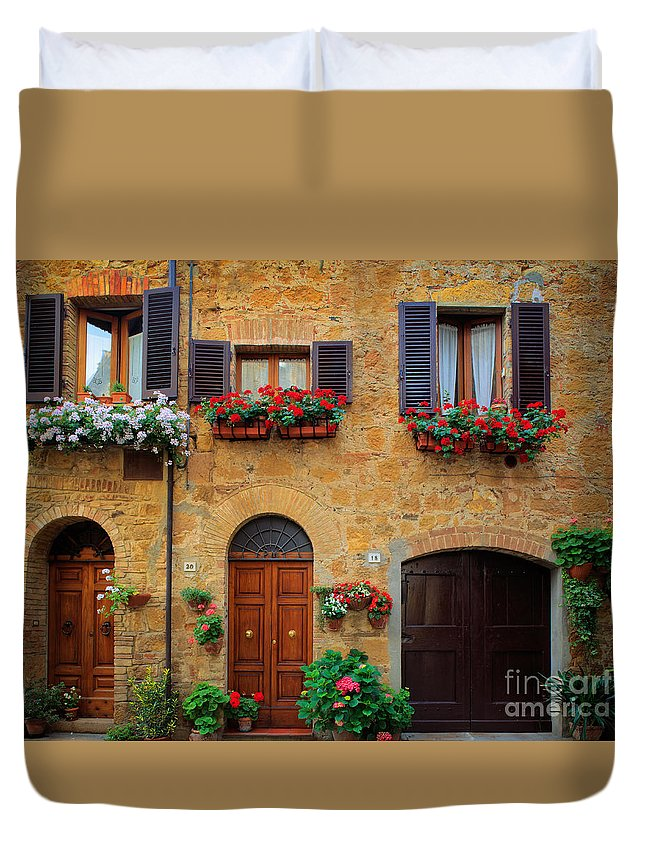 Europe Duvet Cover featuring the photograph Tuscan Homes by Inge Johnsson