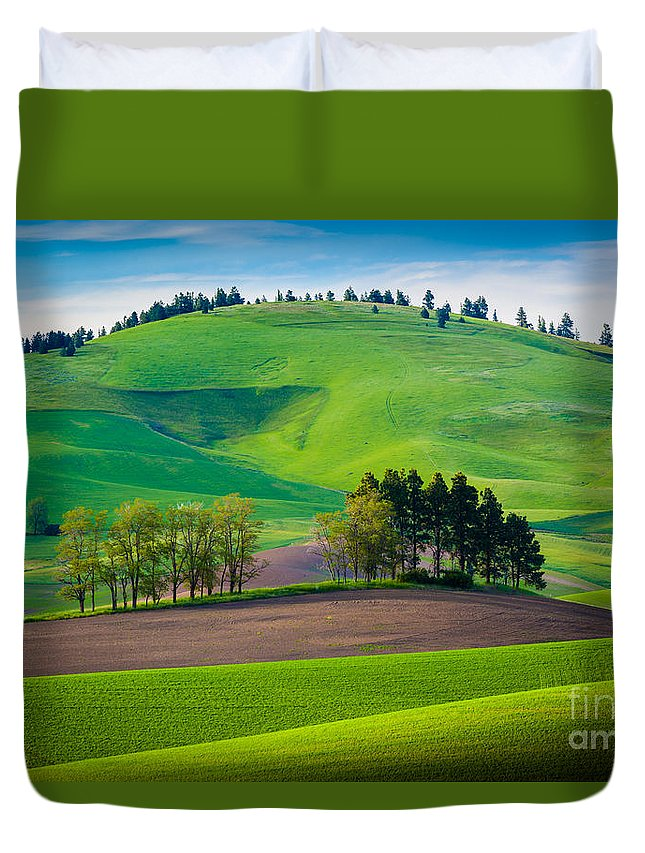 America Duvet Cover featuring the photograph Tuscan Palouse by Inge Johnsson