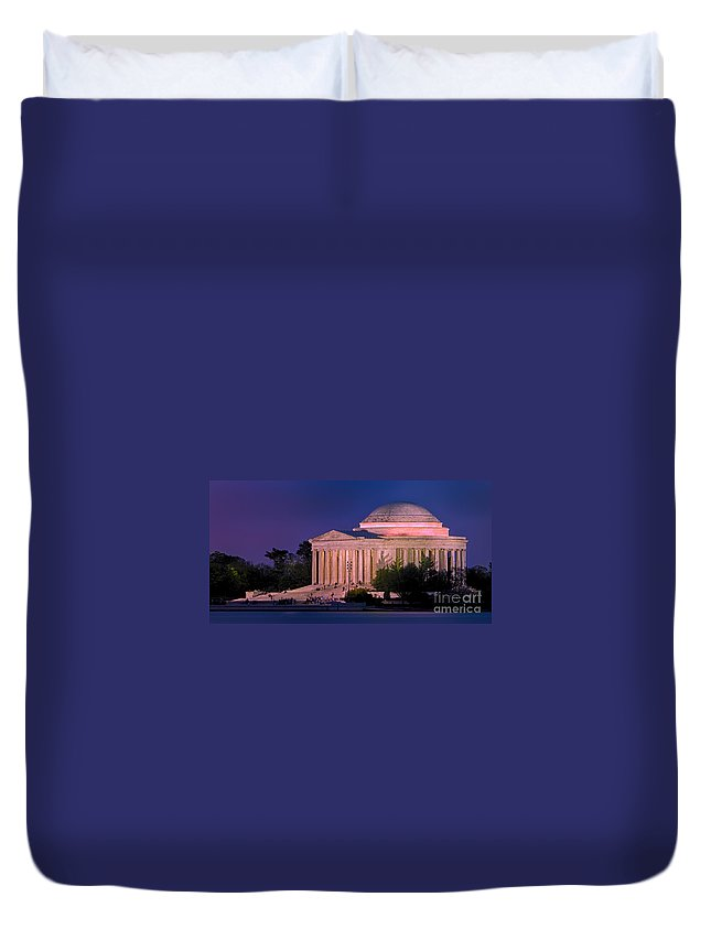 Jefferson Memorial Duvet Cover featuring the photograph Twilight At The Jefferson Memorial by Jerry Fornarotto