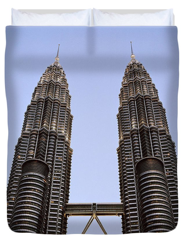 Petronas Towers Duvet Cover featuring the photograph Twilit Petronas by Shaun Higson