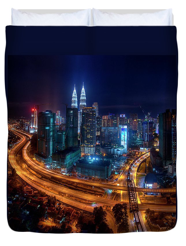 Outdoors Duvet Cover featuring the photograph Two Direction In Klcc by Rithauddin Photographer