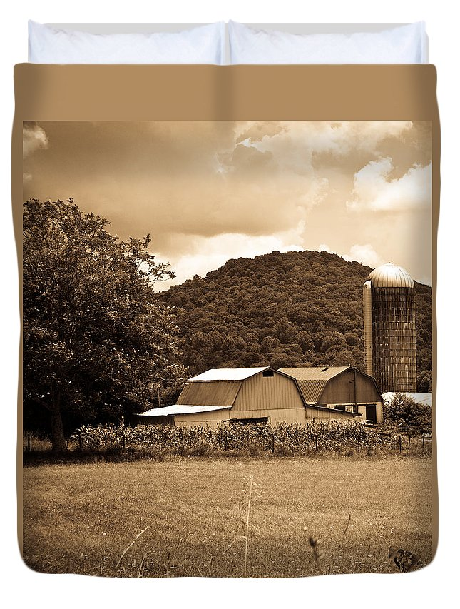 Typical Duvet Cover featuring the photograph Typical Farm Place 1 by Douglas Barnett
