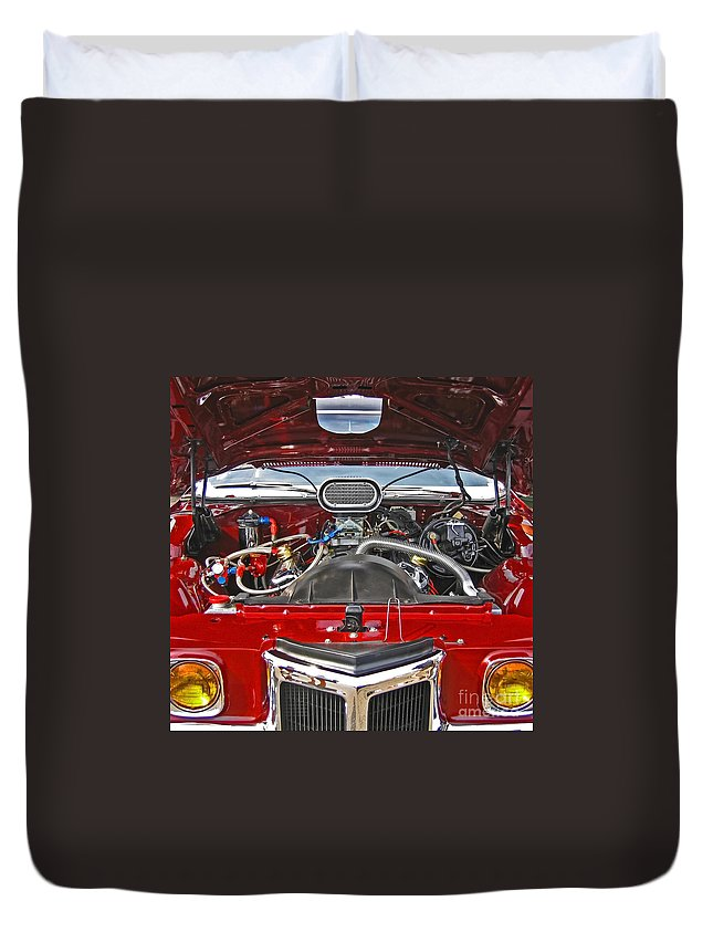 Car Duvet Cover featuring the photograph Under The Hood by Ann Horn