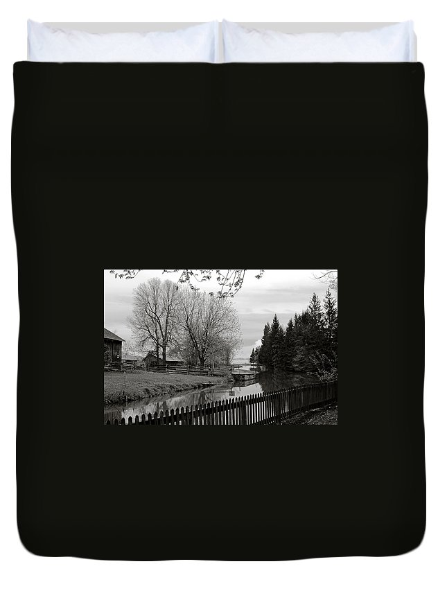 Reflection In Water.upper Canada Village Duvet Cover featuring the photograph Upper Canada Village by Katherine Townsend