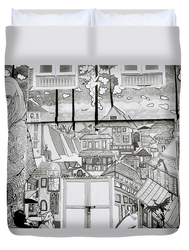 India Duvet Cover featuring the photograph Urban Art In Fort Cochin by Shaun Higson