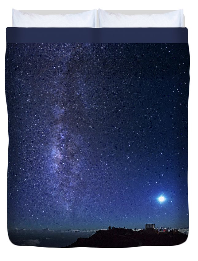Tranquility Duvet Cover featuring the photograph Usa, Hawaii, Maui, Milky Way by Michele Falzone