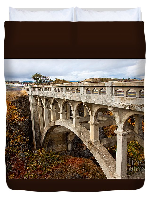 Bridge Duvet Cover featuring the photograph Valley Bridge II by Dana Kern