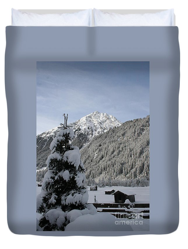 Snow Duvet Cover featuring the photograph Valley In The Snow by Christiane Schulze Art And Photography