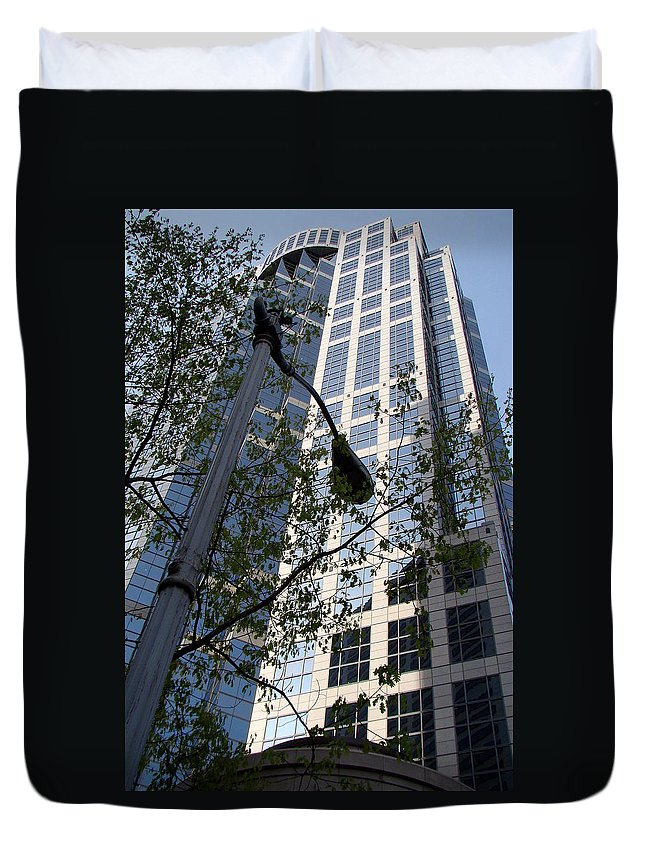 Vancouver Duvet Cover featuring the photograph Vancouver Architecture 1 by Richard Rosenshein