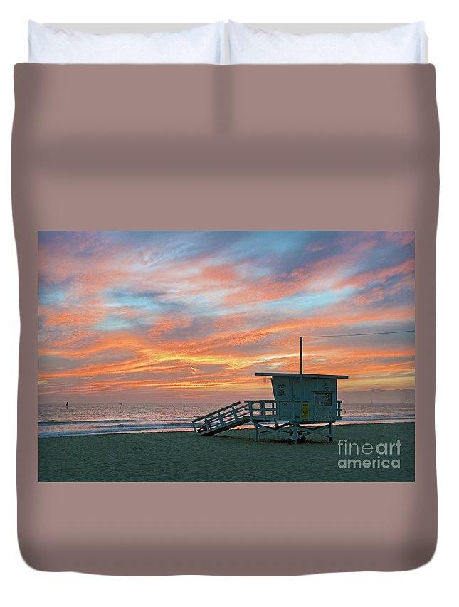 Venice Beach Duvet Cover featuring the photograph Venice Beach Lifeguard Station Sunset by David Zanzinger
