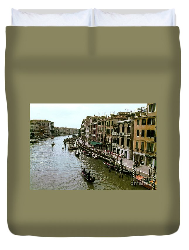 Venice Grand Canal Canals Building Buildings Boat Boats Dock Docks Gondola Gondolas Structure Structures Shop Shops Stores Architecture People Person Persons Water Italy City Cities Cityscape Cityscapes Waterscape Waterscapes Duvet Cover featuring the photograph Venice Grand Canal by Bob Phillips
