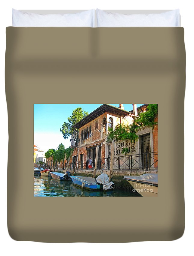 Venice Images Duvet Cover featuring the photograph Venice Streetscape by John Malone
