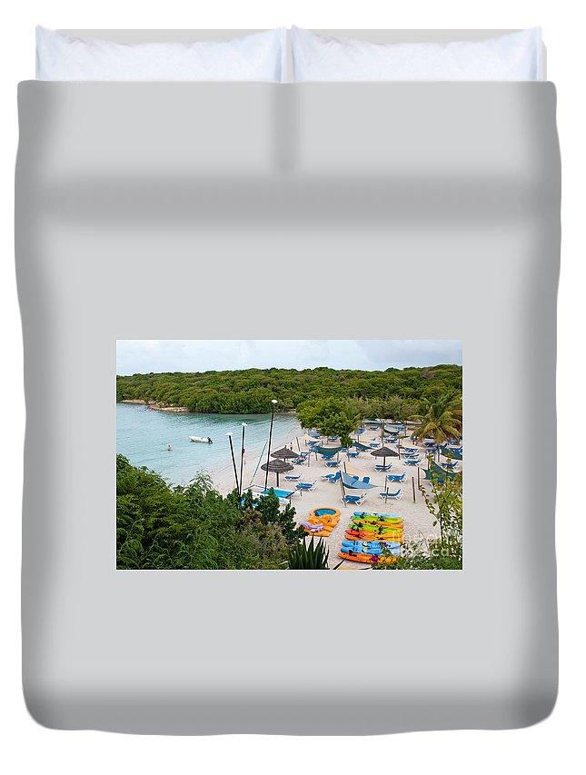Verandah Duvet Cover featuring the photograph Verandah Resort by Luis Alvarenga