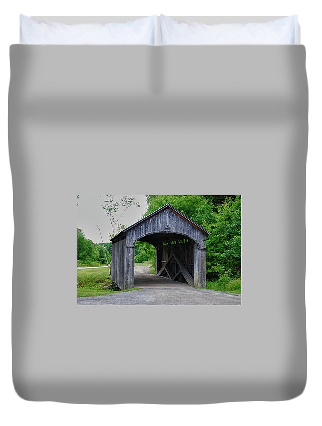 Covered Bridge Duvet Cover featuring the photograph Vermont Country Store 5656 by Guy Whiteley