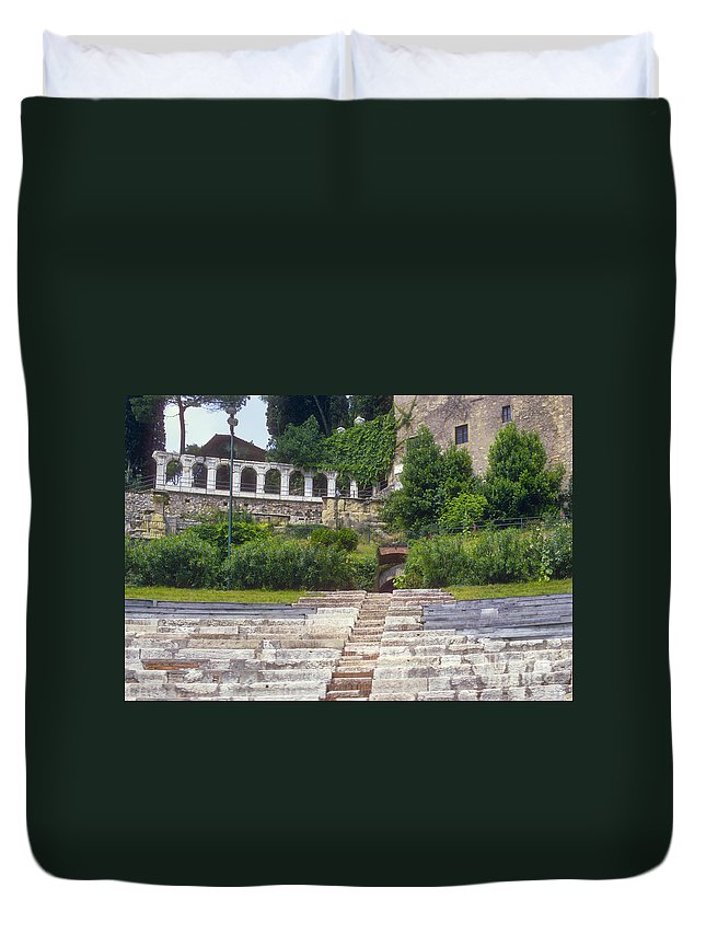 Verona Theatre Ruins Ruin Stone Step Steps Seat Stats Foliage Structure Structures Building Buildings City Cities Cityscape Cityscapes Architecture Italy Duvet Cover featuring the photograph Verona Theatre by Bob Phillips