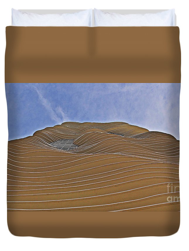 Curvilinear Duvet Cover featuring the photograph Vertical Dune - The Aqua Tower by Mary Machare