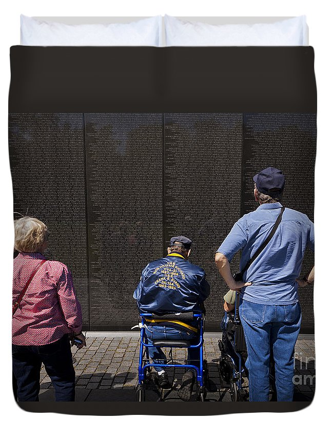 Memorial Duvet Cover featuring the photograph Vietnam Veterans Paying Respect To Fallen Soldiers At The Vietnam War Memorial by B Christopher