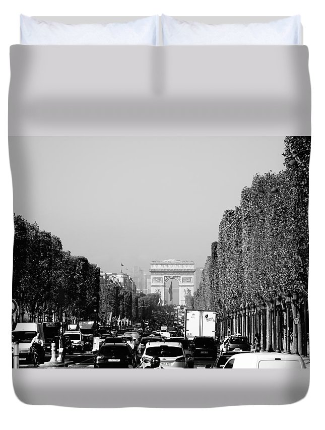 Paris Duvet Cover featuring the photograph View Up The Champs Elysees Towards The Arc De Triomphe In Paris France by Richard Rosenshein