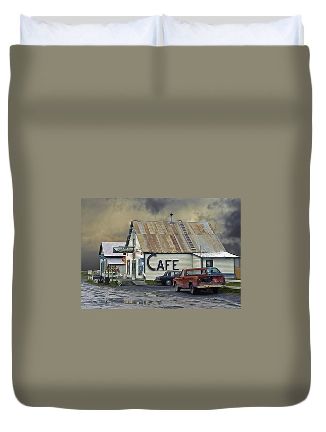 Alaska Duvet Cover featuring the photograph Vintage Alaska Cafe by Ron Day