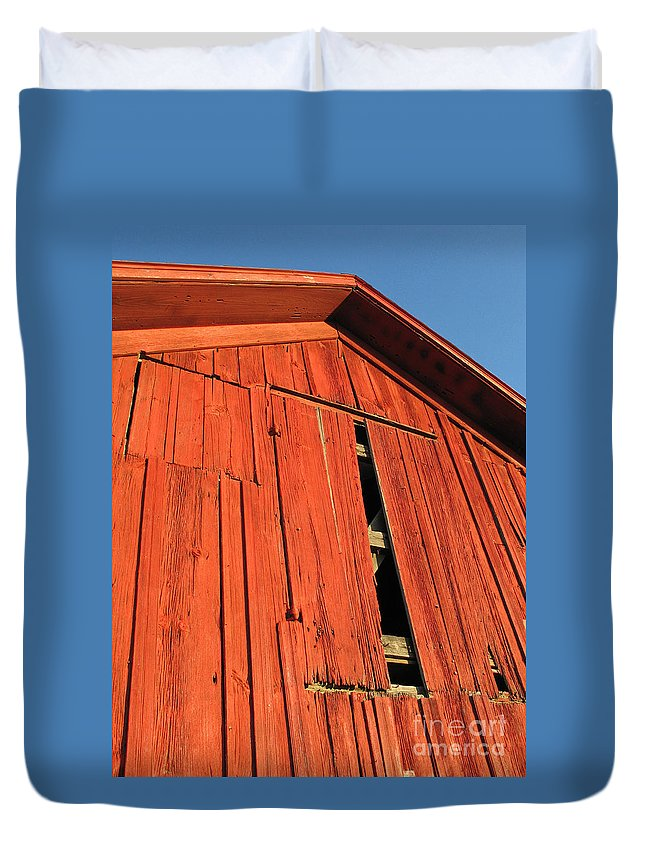 Barn Duvet Cover featuring the photograph Vintage Barn Aglow by Ann Horn
