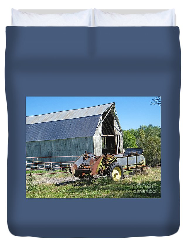Old Duvet Cover featuring the photograph Vintage Barn And Equipment by Dale Jackson