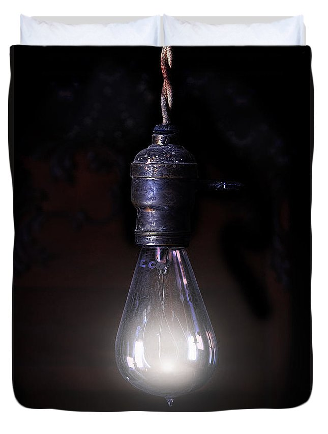 Light Duvet Cover featuring the photograph Vintage Lightbulb by Jill Battaglia