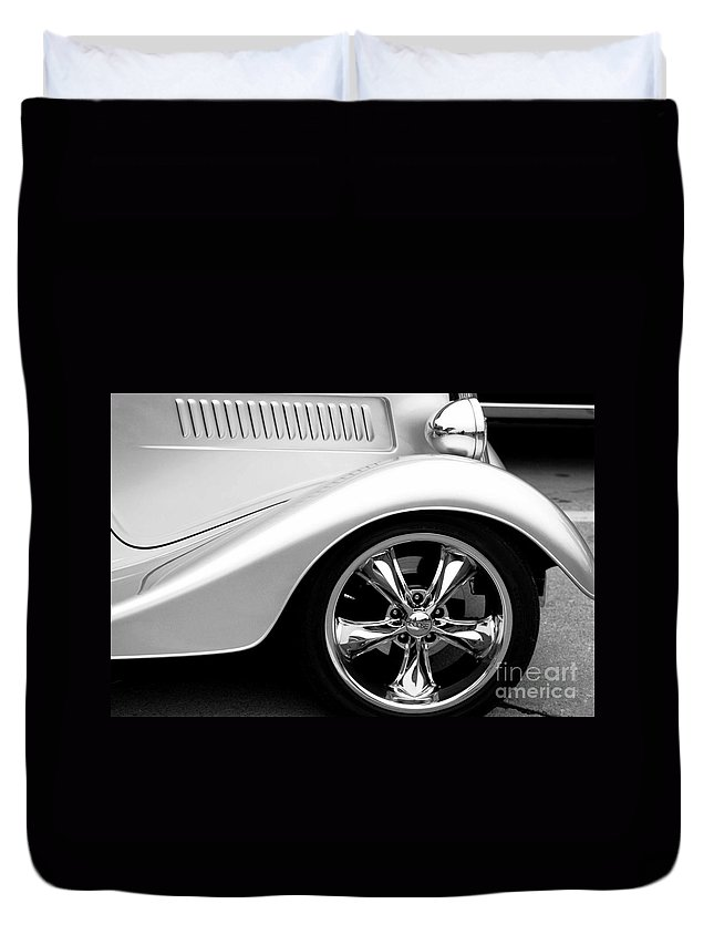 Old Cars Duvet Cover featuring the photograph Vintage Style by Optical Playground By MP Ray