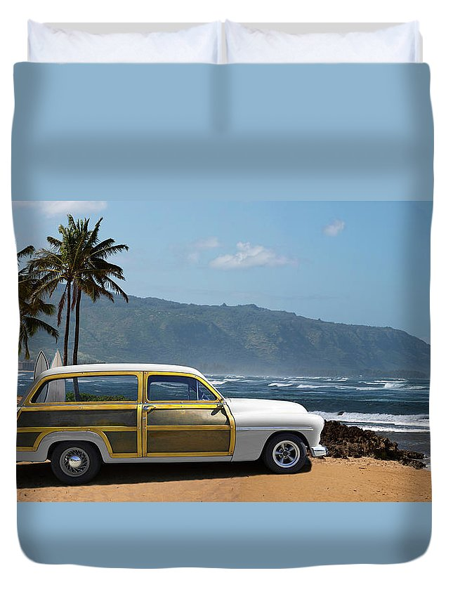 Haleiwa Duvet Cover featuring the photograph Vintage Woody On Hawaiian Beach by Ed Freeman
