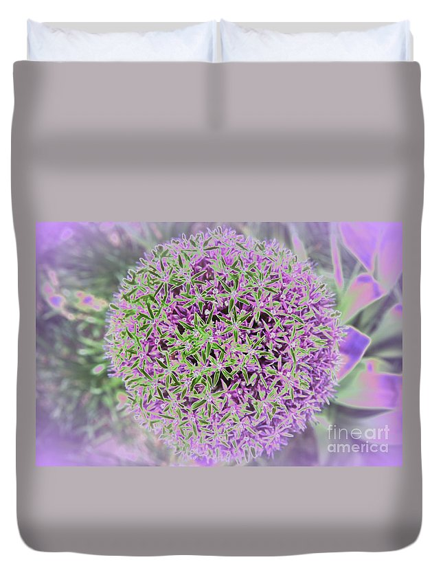 Flower Duvet Cover featuring the photograph Violet And Green by Christiane Schulze Art And Photography