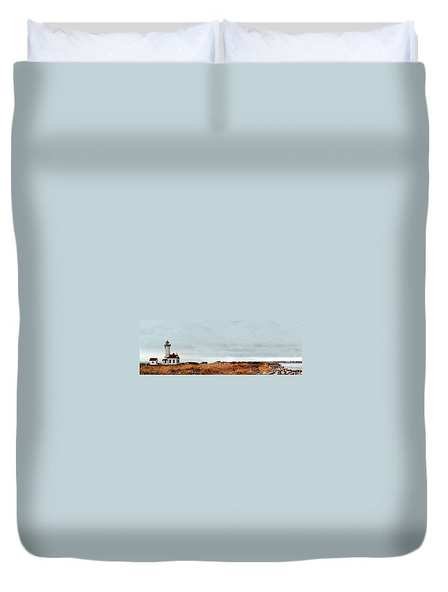 Duvet Cover featuring the photograph Wa State Lighthouse by Mike Nellums