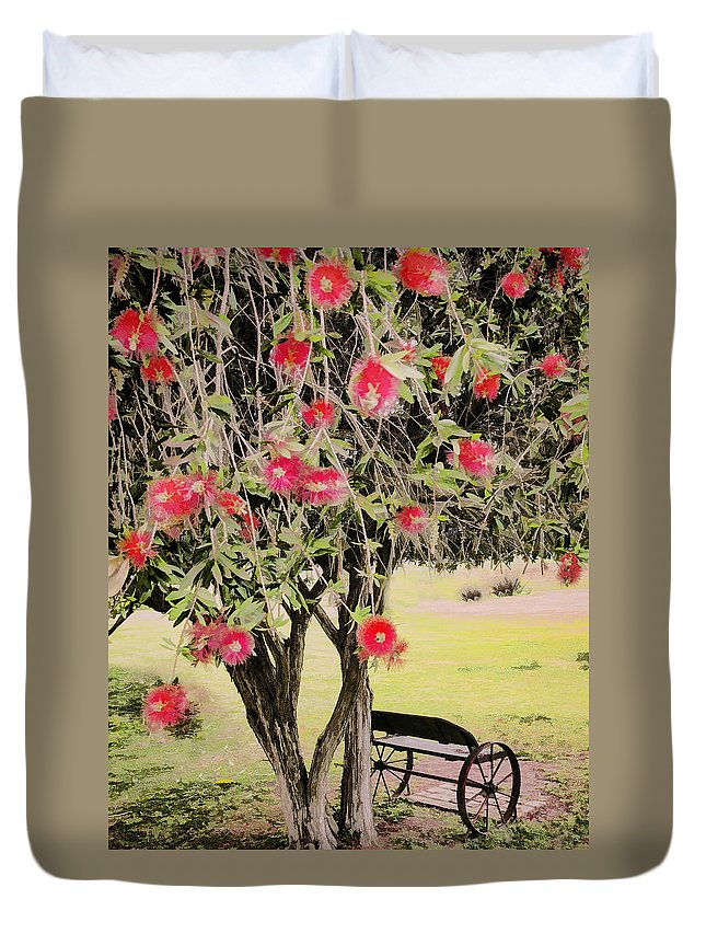 Wagon Wheel Duvet Cover featuring the photograph Wagon Wheel Bench by Jon Berghoff