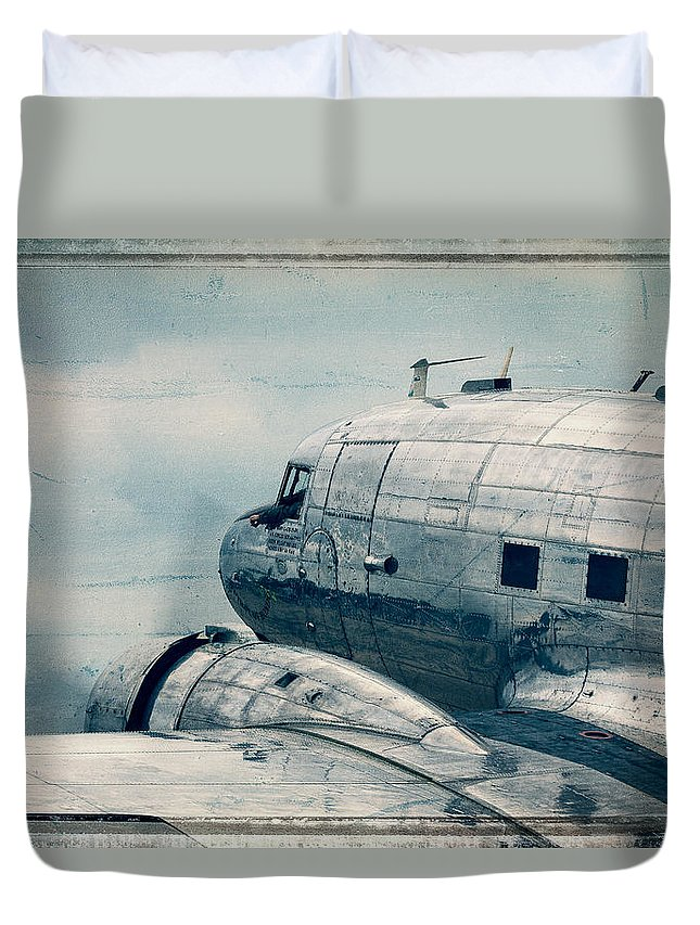 Steven Bateson Duvet Cover featuring the photograph Waiting For Take Off by Steven Bateson