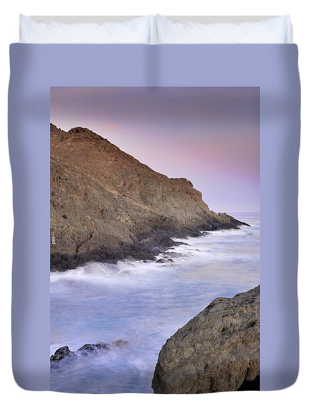 Seascape Duvet Cover featuring the photograph Waiting For The Moon by Guido Montanes Castillo