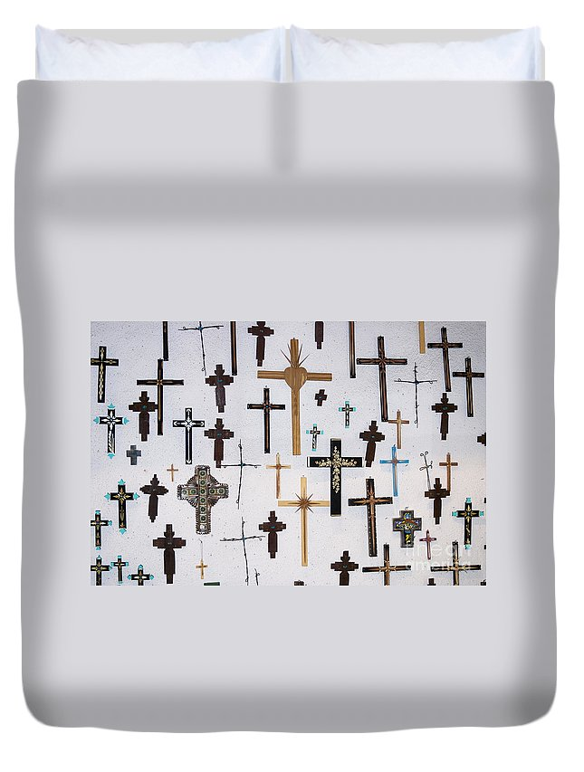 Crucifxes Duvet Cover featuring the photograph Wall Of Crosses by John Greco